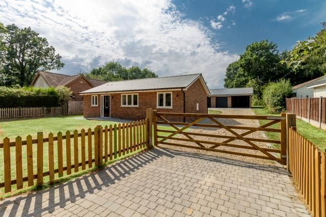 Thumbnail Property for sale in Rayleigh, Essex