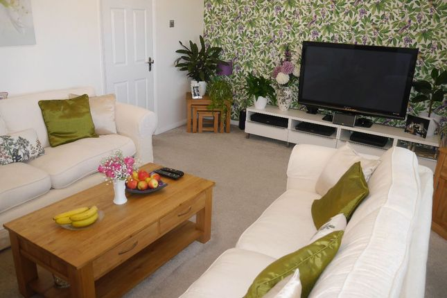 Thumbnail Flat for sale in High Street, West Wickham