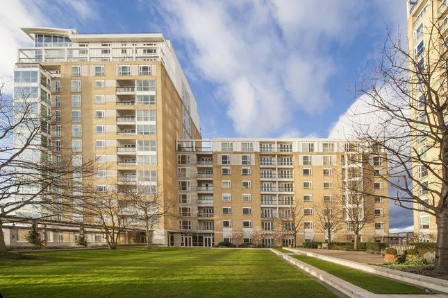 Thumbnail Flat to rent in 36 Westferry Circus, Canary Wharf, London