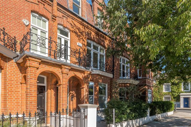 Picture No. 30 of Hurlingham Road, London SW6