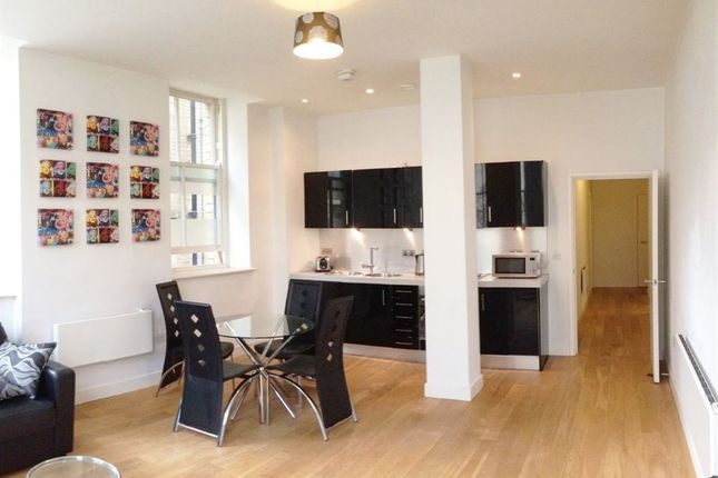 Thumbnail Flat to rent in Furnished, Little Germany, Rent Incentive
