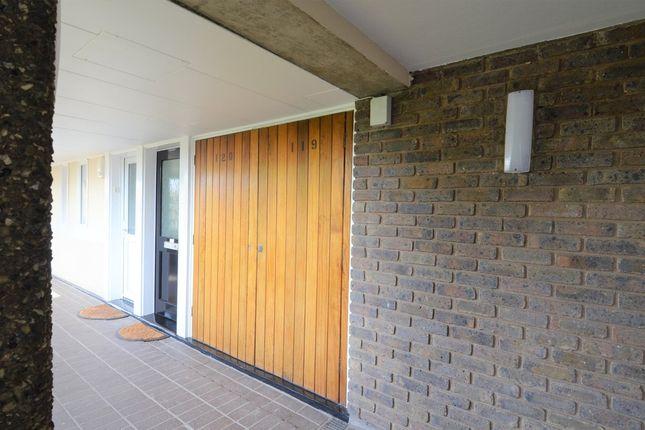 Parking/garage to rent in 3rd Floor, Brentford Dock