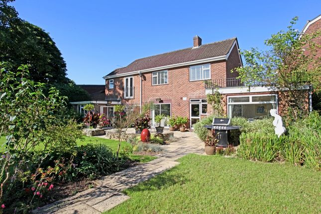 Thumbnail Detached house to rent in Mills Spur, Old Windsor, Windsor