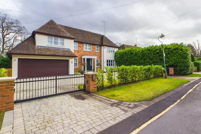 Thumbnail Detached house for sale in Hillwood Grove, Hutton Mount, Brentwood