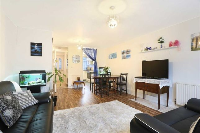 Thumbnail End terrace house for sale in Collingwood Road, Sutton