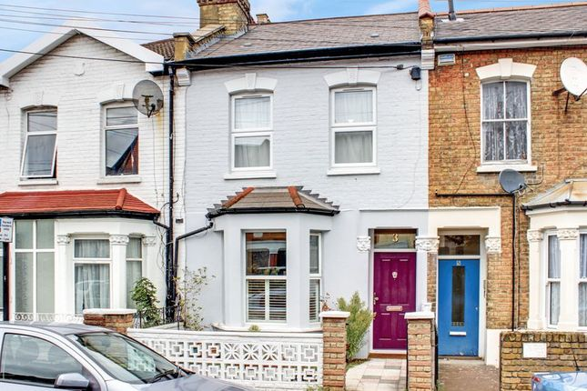 Thumbnail Terraced house for sale in Lyndhurst Road, London
