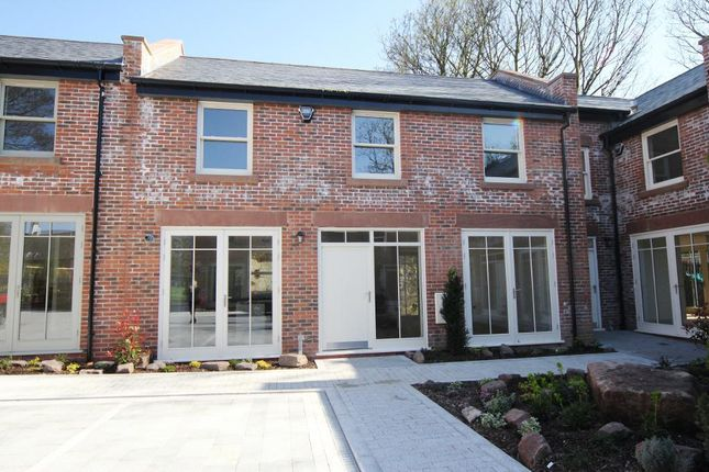 Thumbnail Town house to rent in Smithy Mews, Woolton, Liverpool