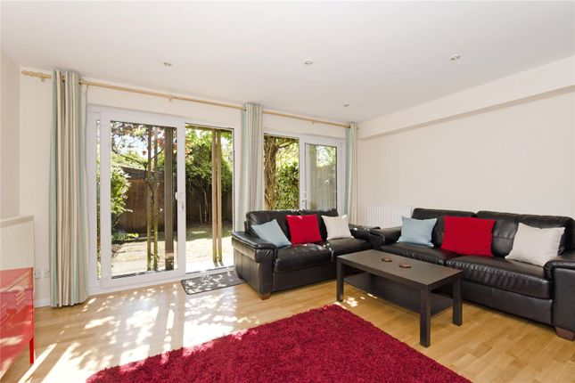 Thumbnail Terraced house to rent in Bunning Way, London