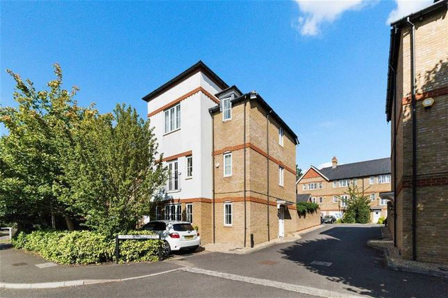 Thumbnail End terrace house for sale in Langley Park Road, Sutton