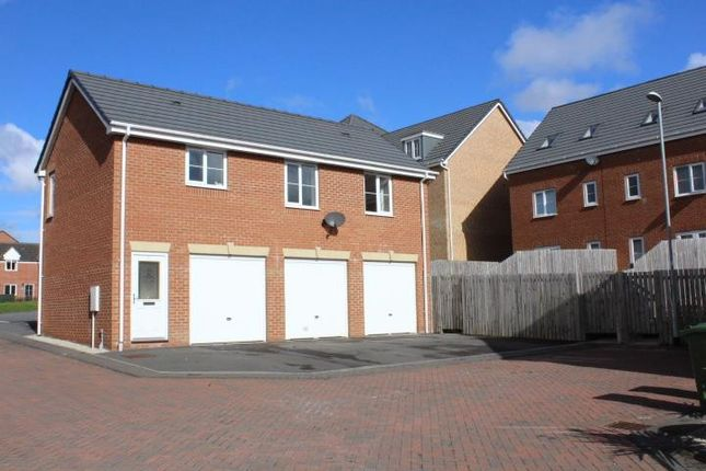 Thumbnail Flat for sale in Wood Side Court, Middleton, Leeds