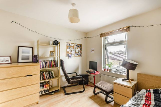 Thumbnail Property to rent in Walnut Tree Road, Greenwich