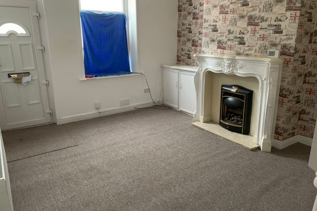 2 bed terraced house to rent in Parkinson Street, Burnley BB11