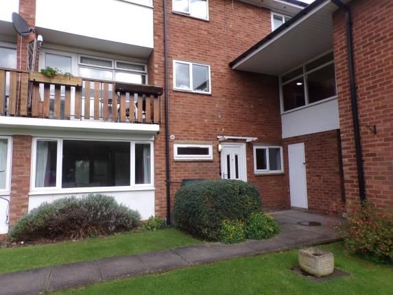 Thumbnail Flat for sale in Victoria Close, Stratford-Upon-Avon