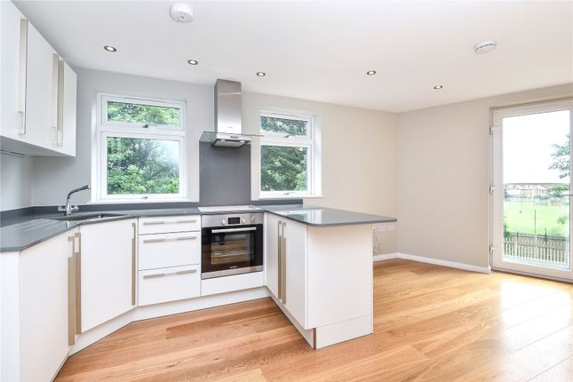 Thumbnail Property for sale in Queens Avenue, Winchmore Hill, London