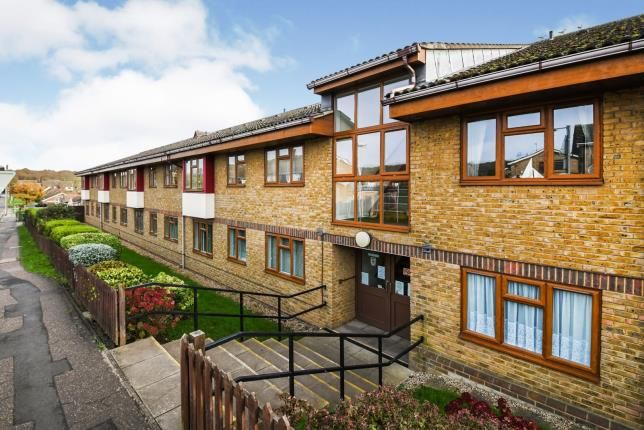 Thumbnail Property for sale in Outwood Common Road, Billericay, Essex