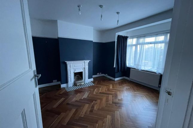 Thumbnail Semi-detached house to rent in Brodie Road, Enfield