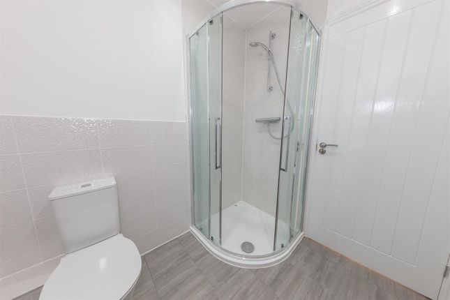 Shower Room of Plot 18, The Larch, The Orchards LU6