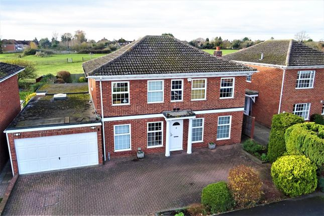 5 bed detached house for sale in Barnett Way, Bierton, Aylesbury