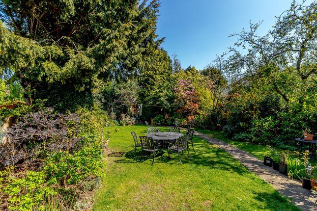 Garden of Derwent Avenue, Kingston Vale, London SW15