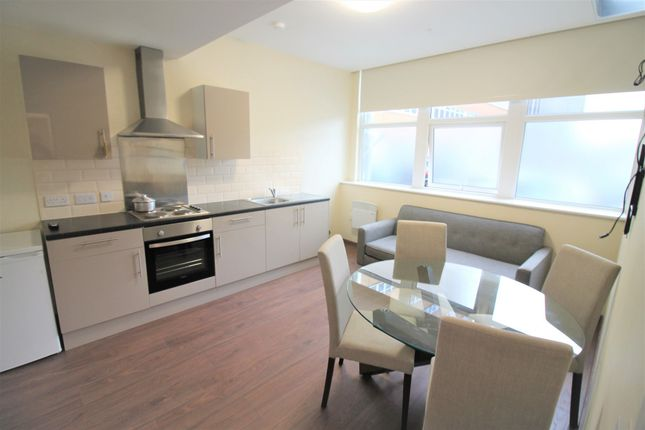 Thumbnail Flat to rent in Daniel House, Trinity Road, Liverpool