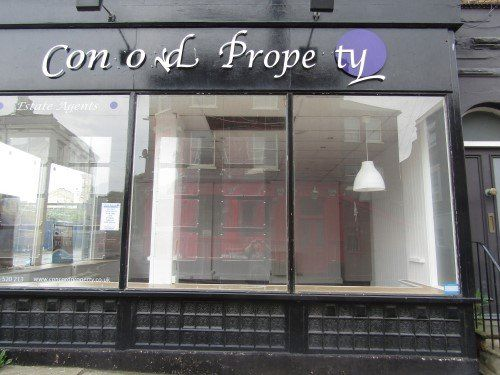 Retail premises to let in High Street, Dovercourt, Harwich