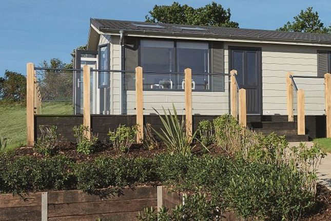 Thumbnail Lodge for sale in Devon Cliffs, Sandy Bay, Exmouth