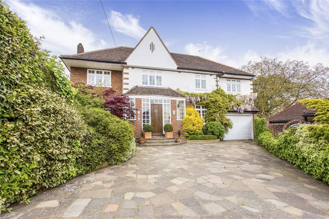 Thumbnail Detached house for sale in Oldfield Close, Stanmore, Middlesex