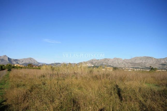Land for sale in Pedreguer, Spain