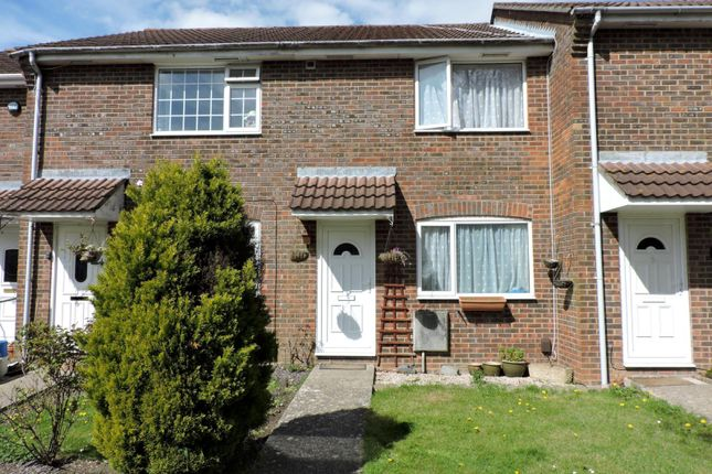 2 bed terraced house to rent in Mary Rose Close, Fareham
