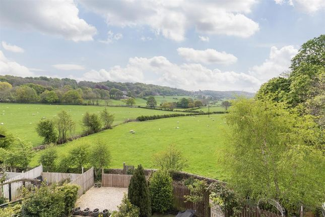 Chapel Hill Road, Pool In Wharfedale LS21