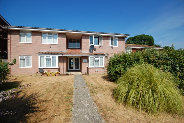 Thumbnail Flat for sale in Manor Road, Selsey, Chichester