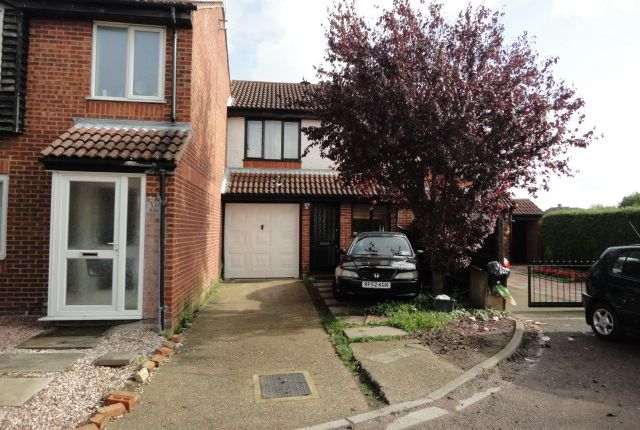 Thumbnail Terraced house for sale in Ambassador Close, Hounslow