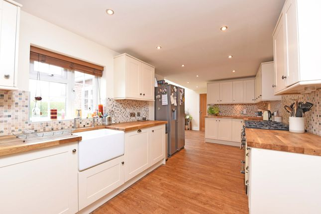 Thumbnail Semi-detached house for sale in East Green, Blackwater, Camberley