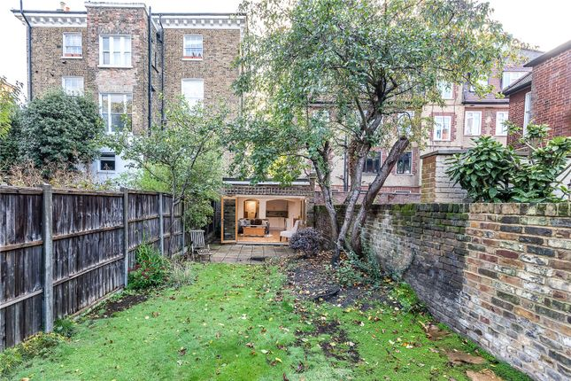 Picture 13 of Kings Avenue, London SW4
