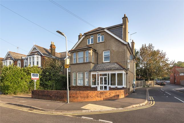 Picture No. 33 of Chester Road, Northwood, Middlesex HA6