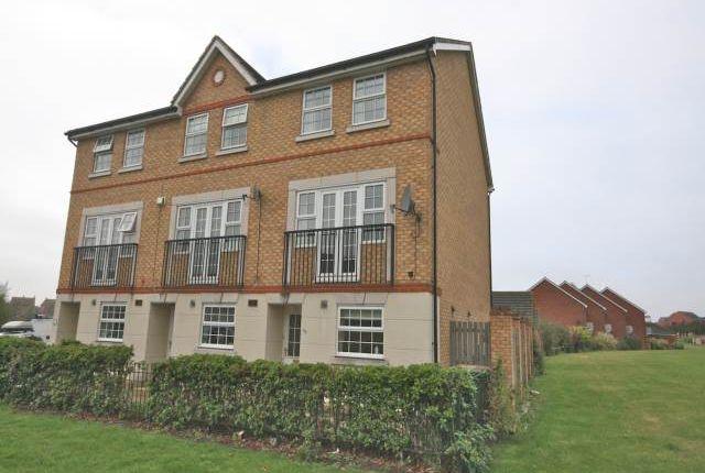 Thumbnail Town house to rent in Lakeview Way, Hampton Hargate, Peterborough