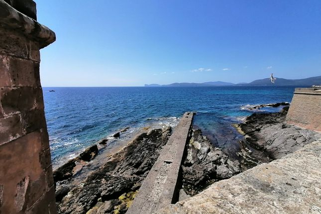 Thumbnail Town house for sale in Via Zaccaria 8, Alghero, Sassari, Sardinia, Italy