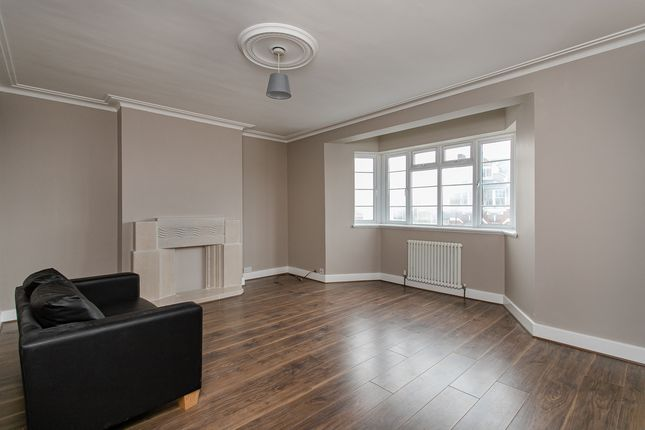 4 bed flat for sale in Leigham Hall Parade, Streatham High Road, London SW16