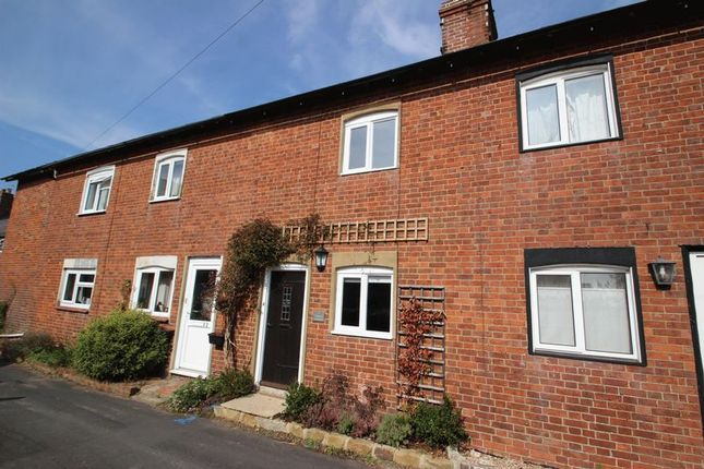 Thumbnail Cottage to rent in Vale Road, Mayfield Village