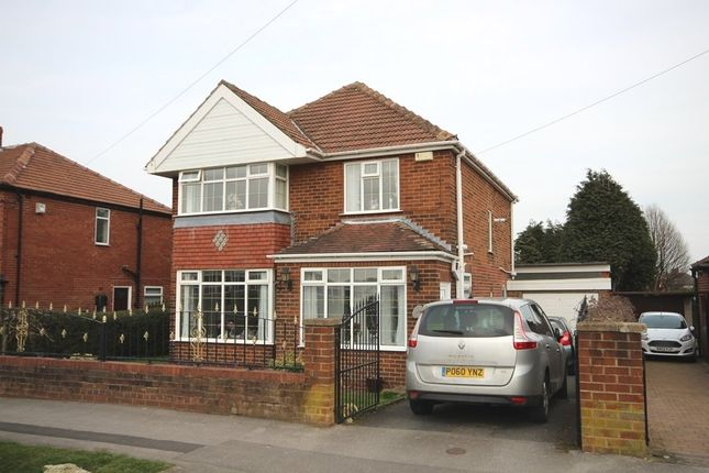 Thumbnail Detached house for sale in Moor Flatts Road, Middleton, Leeds