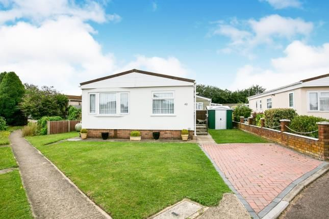 Thumbnail Mobile/park home for sale in Three Star Park, Bedford Road, Lower Stondon, Beds