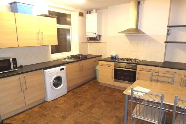 Thumbnail Flat to rent in Topping Street, Blackpool