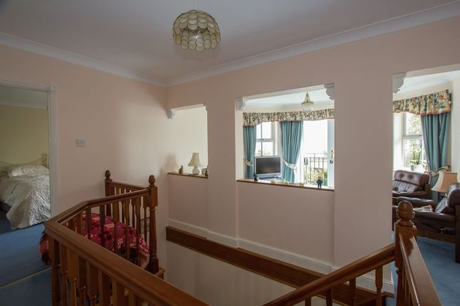 Photo 9 of Cliffside, Penarth CF64