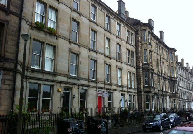 Thumbnail Flat to rent in Glengyle Terrace, Edinburgh