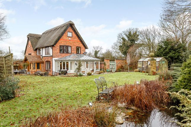 Thumbnail Cottage for sale in Clay Coton, Northampton