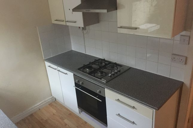2 bed terraced house to rent in Rawson Street, Burnley
