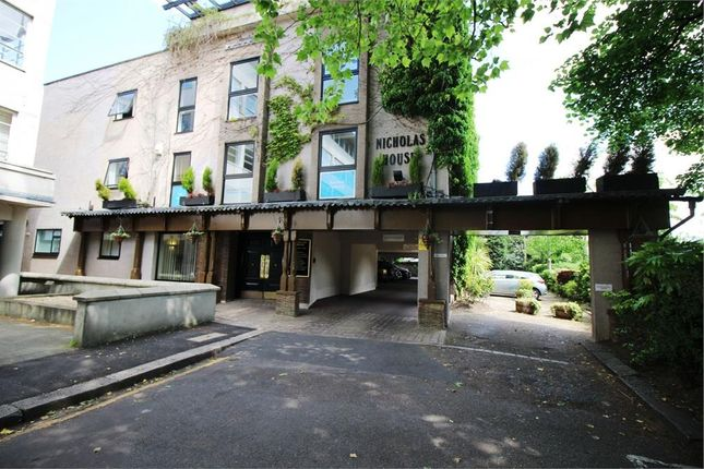 Thumbnail Commercial property to let in River Front, Enfield
