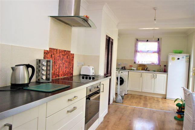 Thumbnail Terraced house for sale in Cranbrook Park, London