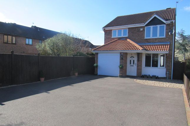 Thumbnail Detached house for sale in Heron Way, Syston, Leicester