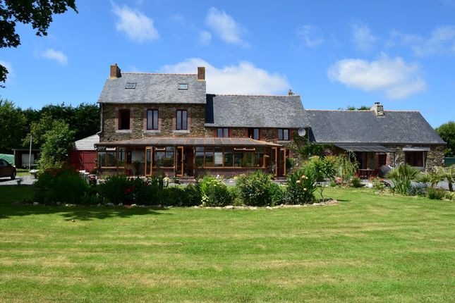 Thumbnail Detached house for sale in 22460 Saint-Thélo, Côtes-D'armor, Brittany, France